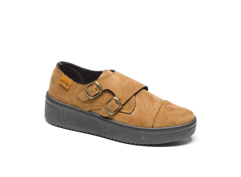 Una de las zapatillas de NWE para la colección de mujer