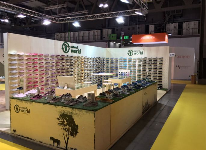 Stand de Natural World Eco en The Micam 2017, Milán.